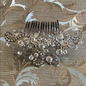 Accessories - Crystal hair clip